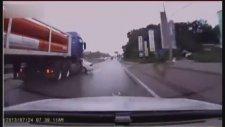 Dünyanın En Uzun Süren Trafik Kazası