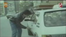 Emrah'ın Jawa Motorunu Çalan Kareli Pantolonlu Hırsız