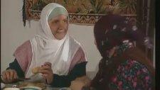 İnce İnce Yasemince - Kakılmış Annesini Çağırıyor (1995)