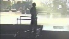 Michael Jackson Beat It - Dangerous Turnesi Hazırlıkları (1991)