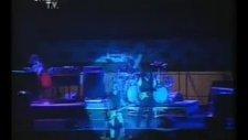 Bryan Adams'ın İnönü Stadyumu Konseri (28 Temmuz 1992)