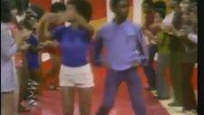 Daft Punk - Lose Yourself To Dance (Hunharca Dans Etmek)