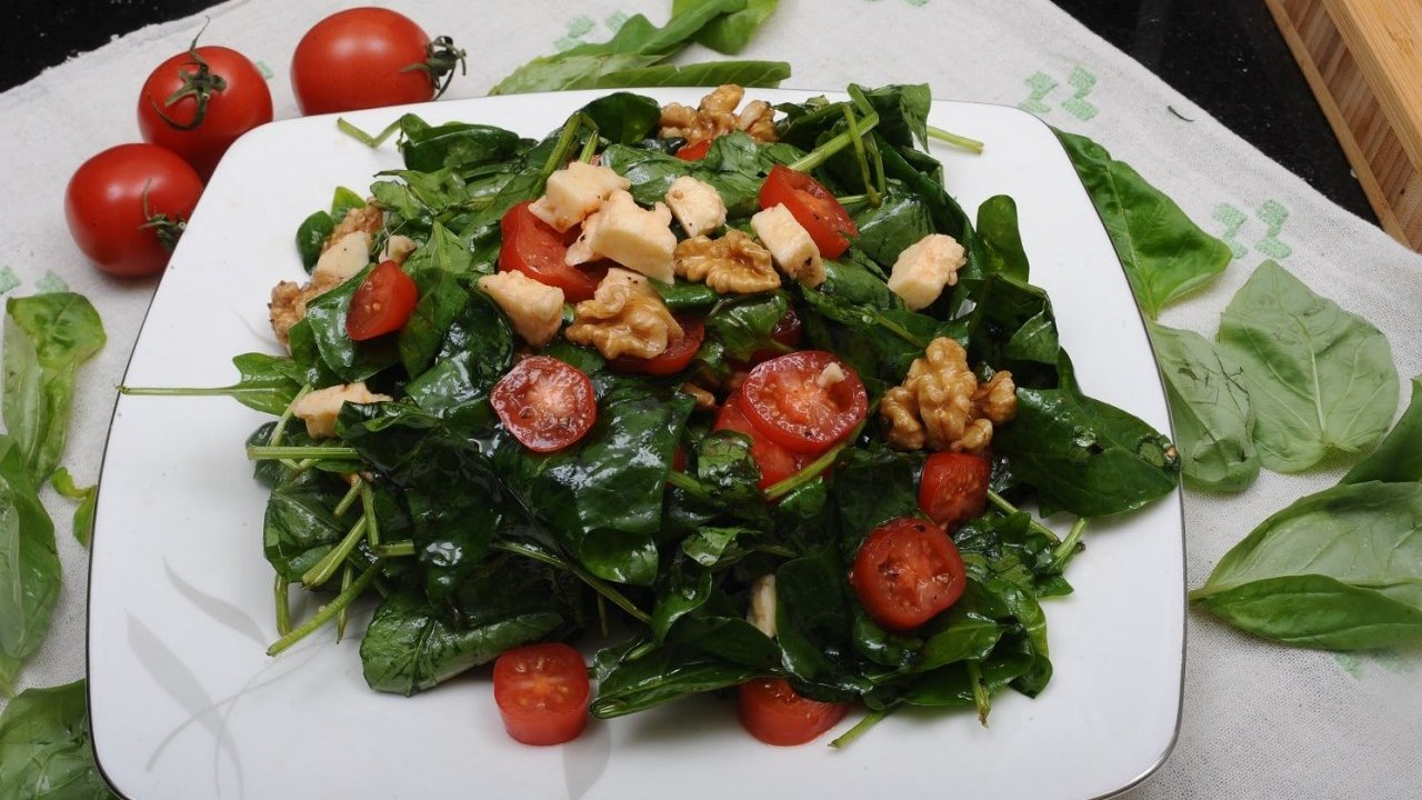 Ispanak Salatası Tarifi Videosu