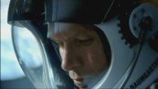 Felix Baumgartner - 37 km'den Dünyaya Atlamak - Red Bull