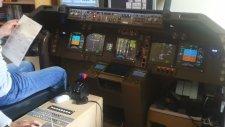 Evine Boeing 747 Simülatörü Kuran Adam