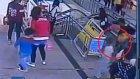 Çin'de merdiven faciasına ramak kala