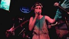 Ceylan Ertem - Son Bakış Sezen Aksu (Otel Odasındaki Müzisyen)