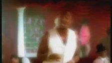 2Pac Ft. K Ci & JoJo - How Do You Want It (1996)