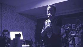 Cüneyt Özgür - Helal Ettim (Canlı Performans)