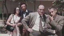 La Cabina - Toplumda Yabancılaşma Üzerine Kısa Film (1972)