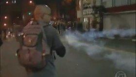 Biber Gazına Gelişine Vuran Adam