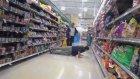 Süpermarkette Trollük Yapmak