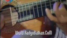 Ferdi Tayfur - Sensin Tesellim (İlk Defa Gitarla)