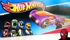 Hot Wheels Oyuncak Araba Hediyeli Atlama Seti Mega Jump