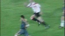 Hagi'nin Bilbao ağlarına attığı unutulmaz gol
