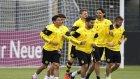 Borussia Dortmund kornerde zirveyi zorladı