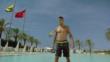 Fenerbahçe - Yandex Bizim Ronaldo Reklamı