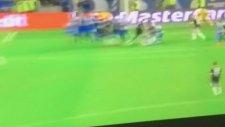 Willian'dan Casillas'ı çaresiz bırakan frikik