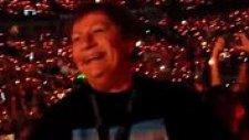 Taylor Swift Konserinde Sahnede Mick Jagger'ı Görünce Aklını Yitiren 72'lik Teyze