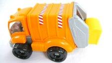 Çöp kamyonu, kamyonlar, bloklar ve çöps lerle oyun
