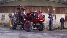 225 Beygirlik Traktörle Drift Gösterisi