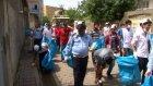 Cizre Belediye Başkanı sokakları süpürdü