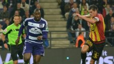 Anderlecht 3 penaltı kaçırıp kendi kalesine attı