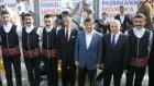 Davutoğlu'nu atlı cirit  ekibi karşıladı