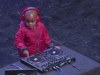 4 Yaşındaki DJ Velet - Güney Afrika Yetenek Yarışması