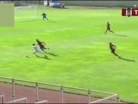 Bayrampaşalı Futbolcu'dan Messi Vari Gol!