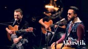 Bahadır Tatlıöz & Gökhan Yılmaz - Unutmaktan Korkuyorum (JoyTürk Akustik)