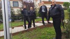 Kocaeli Üniversitesi'nde Güvenliklerin Afişle İmtihanı