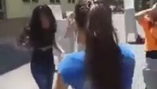 Kız Meslek Lisesi Okula Veda Partisi