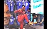 Diego Costa'ya Ayakkabasını İmzalatan Taraftar
