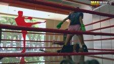 kız spor salonunda çocuklarI dövüyor