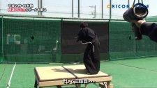 Kılıcı ile 160 Km Hızla Gelen Topu İkiye Ayıran Samuray
