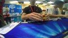 Rubik Küpü 5.77 Saniyede Çözüp Bize Yeteneğimizi Sorgulatan Genç
