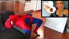 Örümcek Adam Kostümü Giyen Sevgilinin Kıyafetinin İçine Kaşındırıcı Toz Atmak