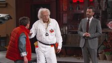 Marty McFly & Doktor Brown Kimmel Show'a Zaman Yolculuğu Yapması