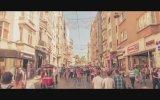 İstiklal Caddesine Sanatsal Bakış  Hey Douglas