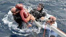 Dünya Rekortmeni Şahika Ercümen 100 metre Dalarken Fenalaştı