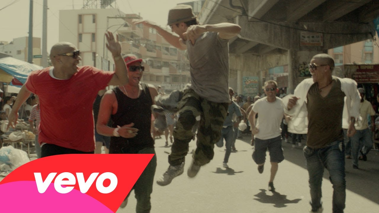 Enrique Iglesias - Bailando (Spanish) Music Video
