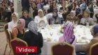 Davutoğlu Eşini Görünce Konuşmasına Ara Verip Hoşgeldin Dedi