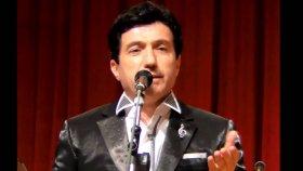Mehmet Safak - Adını Haykırsam Karanlıklara