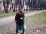 yaşlı anne nine,çok komik dans,rap yapan nine
