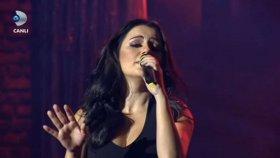 Merve Özbey - Yemin Ettim (Canlı Performans)