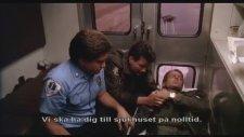 Hot Shots - Efsane Ambulans Sahnesi