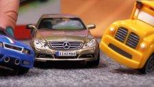 Çizgi Film - Spedy ve Busy Alman araba  fuarında Mercedes Benz E class ile.
