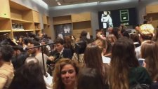 H&M'deki Balmain İzdihamı