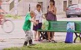 Emanet Edilen Çocuk Oyun Oynarken İçi Su Dolu Devasa Çukura Düşerse